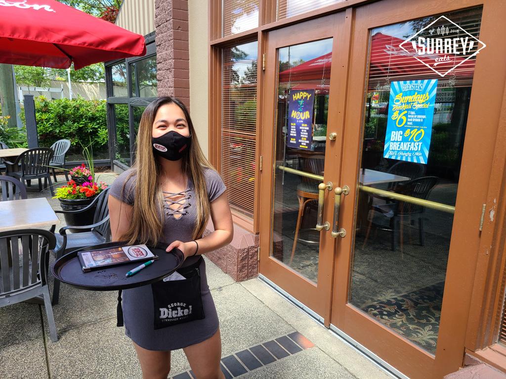 Brewster's Pub waitress