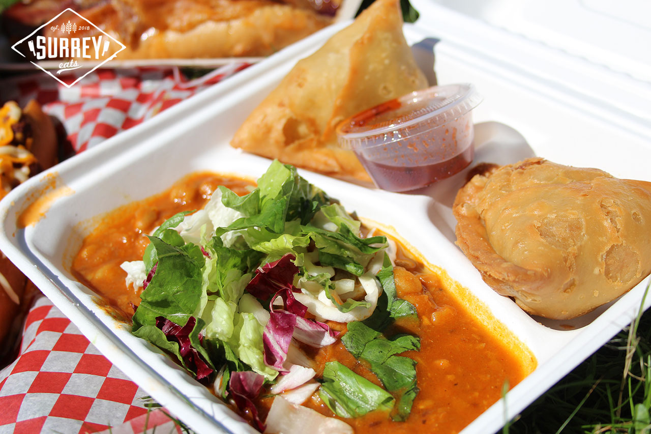 Samosas with channa masala from food truck